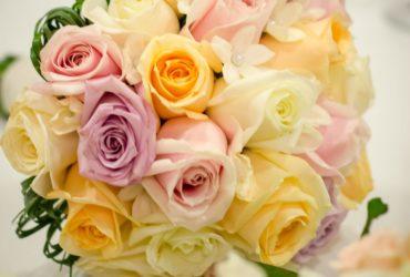 Buchete pastelate pentru o nuntă cu accente de primăvară