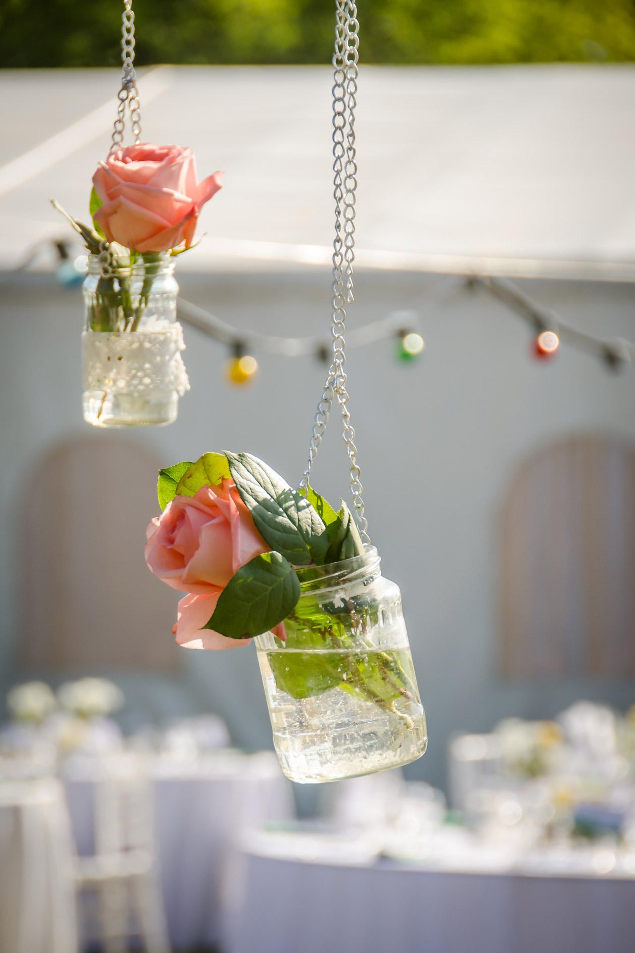 5 Elemente decorative obligatorii pentru o nuntă rustică