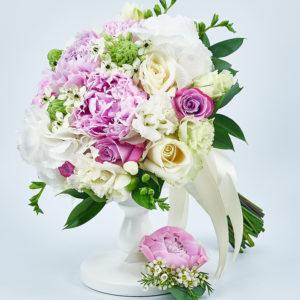 Buchet bujori roz, hortensie alba, ornithogalum
